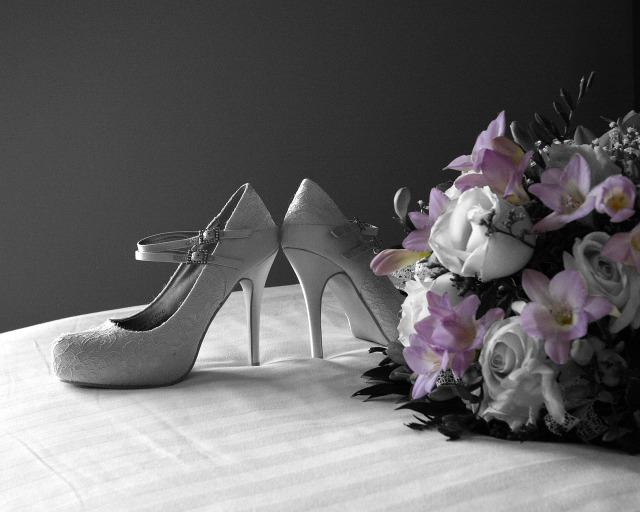 shoes-187931_1280